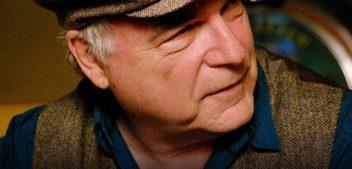 El músico David Olney muere a los 71 años en pleno concierto en Florida